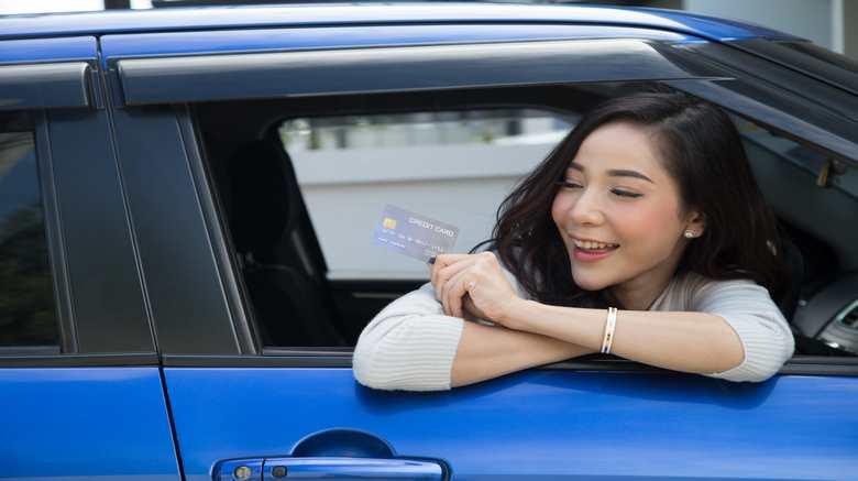 Guide d'achat : comment bien choisir sa carte carburant ?