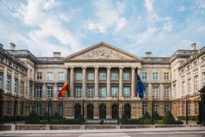 Le Parlement belge met en place un prix essence maximum en Belgique