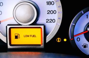 Faire son plein de carburant grâce à une carte essence pro, rien de plus simple